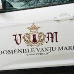 decorare_colantare_aplicare_auto_autovehicule_camioane_autouitilitare_autocolante_pvc_outdoor_exterior_fullcolor_calitate_craiova_print_domeniile_vanju_mare_crama_vin_crazyprint9